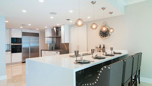 Chicago White Quartz Kitchen03 Super White Countertops .
